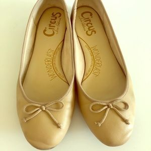 Sam Eldman Circus Soft Beige Ballet Flats Size 8
